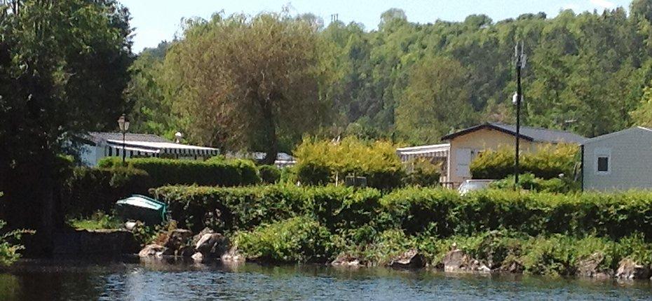 camping-centre-val-loire-bord-de-riviere-eure
