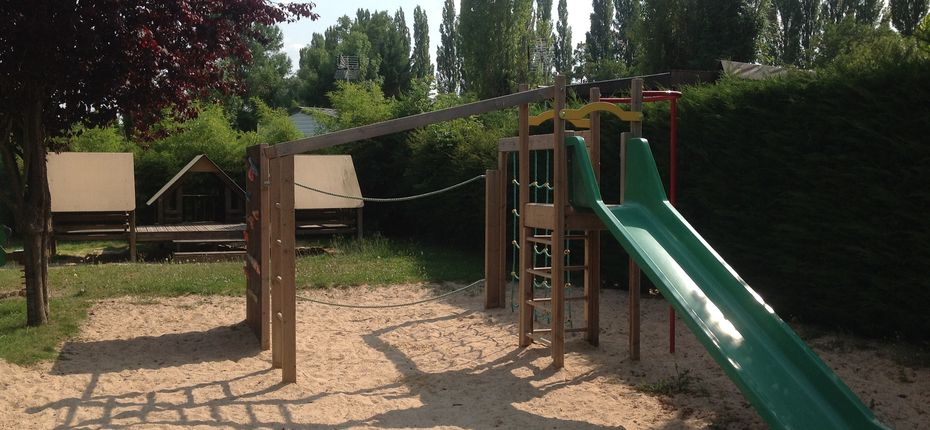 camping-yvry-la-bataille-jeux-enfants